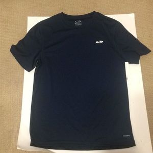 Champions T Shirt Duo Dry Size SP NWT